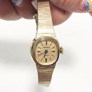 Wittnauer. Vintage bracelet watch